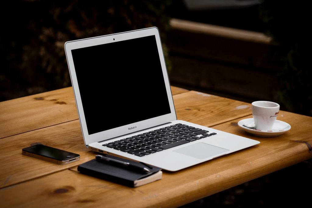 laptop-table